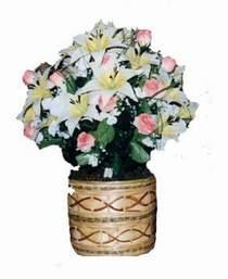 yapay karisik çiçek sepeti   Samsun ucuz çiçek gönder