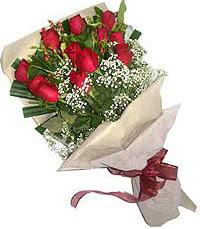 11 adet kirmizi güllerden özel buket  Samsun yurtiçi ve yurtdışı çiçek siparişi