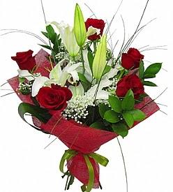 1 dal kazablanka 5 kırmızı gül buketi  Samsun çiçekçi mağazası