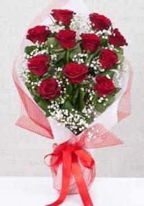 11 kırmızı gülden buket çiçeği  Samsun çiçek gönderme