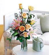 Samsun anneler günü çiçek yolla  cam yada mika vazo içerisinde gül kazablanka