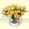 Samsun uluslararası çiçek gönderme  11 adet sari gül cam yada mika vazo içinde