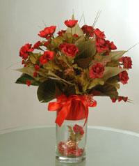 yapay güllerden vazo  9 gül  Samsun çiçek yolla