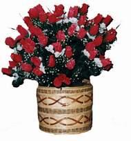 yapay kirmizi güller sepeti   Samsun çiçekçi mağazası