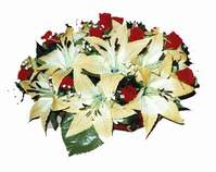 yapay karisik çiçek sepeti   Samsun yurtiçi ve yurtdışı çiçek siparişi