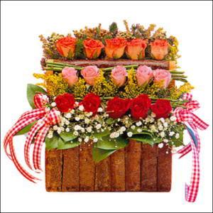 sandikta 3 kat güllerden   Samsun çiçek gönderme sitemiz güvenlidir
