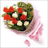 5 kirmizi 5 beyaz güllerden   Samsun çiçek yolla , çiçek gönder , çiçekçi