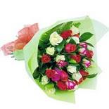 12 adet renkli gül buketi   Samsun online çiçek gönderme sipariş