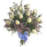 bir düzine beyaz gül buketi   Samsun online çiçek gönderme sipariş