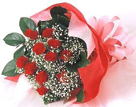 12 adet kirmizi gül buketi  Samsun İnternetten çiçek siparişi