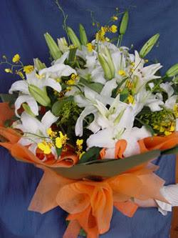 Samsun kaliteli taze ve ucuz çiçekler  5 ADET KAZABLANKA BUKETI KALITEDEN SASMAYANLARA