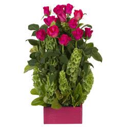 12 adet kirmizi gül aranjmani  Samsun hediye çiçek yolla