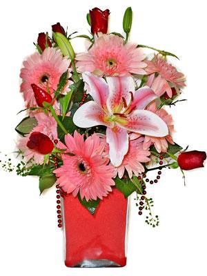 Samsun İnternetten çiçek siparişi  karisik cam yada mika vazoda mevsim çiçekleri mevsim demeti