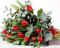 Samsun 14 şubat sevgililer günü çiçek  11 adet kirmizi gül buketi özel günler için
