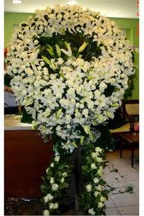 Cenaze çelenk , cenaze çiçekleri , çelengi  Samsun 14 şubat sevgililer günü çiçek