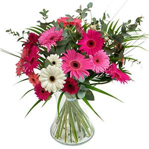 15 adet gerbera ve vazo çiçek tanzimi  Samsun çiçek yolla , çiçek gönder , çiçekçi
