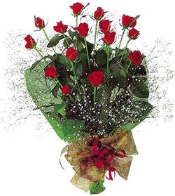 11 adet kirmizi gül buketi özel hediyelik  Samsun çiçek servisi , çiçekçi adresleri