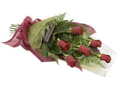 ucuz çiçek siparisi 6 adet kirmizi gül buket  Samsun çiçek mağazası , çiçekçi adresleri