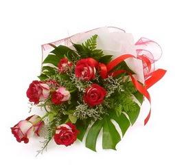 Çiçek gönder 9 adet kirmizi gül buketi  Samsun online çiçekçi , çiçek siparişi