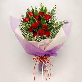 çiçekçi dükkanindan 11 adet gül buket  Samsun çiçek servisi , çiçekçi adresleri