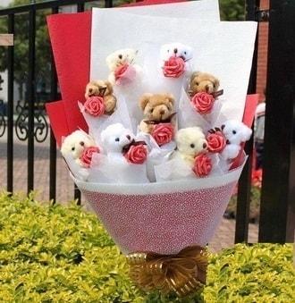 Samsun online çiçekçi , çiçek siparişi  9 adet ayicik ve 9 adet yapay gül