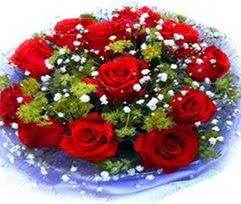 9 adet kirmizi güllerden buket  Samsun uluslararası çiçek gönderme