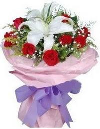 9 adet kirmizi gül 1 adet kazablanka buketi  Samsun çiçek servisi , çiçekçi adresleri