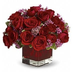 11 adet kırmızı gül vazosu  Samsun güvenli kaliteli hızlı çiçek