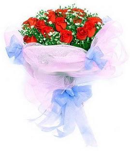 Samsun çiçek mağazası , çiçekçi adresleri  11 adet kırmızı güllerden buket modeli