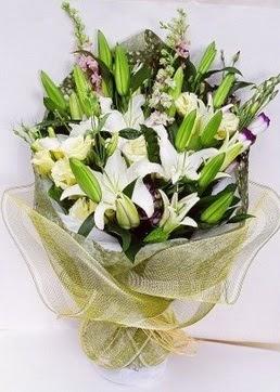 Samsun ucuz çiçek gönder  3 adet kazablankalardan görsel buket çiçeği