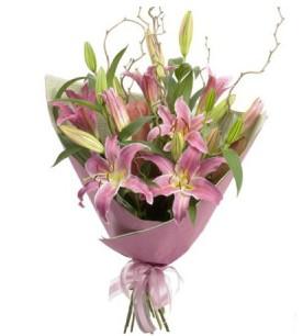 Samsun çiçek siparişi vermek  3 dal cazablanca buket çiçeği