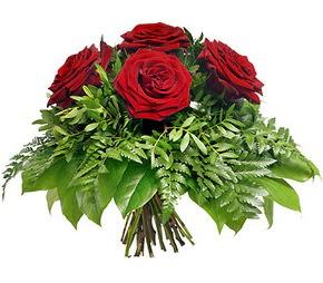 Samsun hediye çiçek yolla  5 adet kırmızı gülden buket