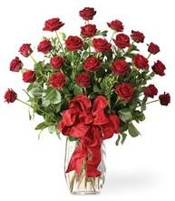 Sevgilime sıradışı hediye güller 24 gül  Samsun çiçek gönderme