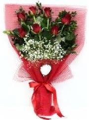 7 adet kırmızı gülden buket tanzimi  Samsun İnternetten çiçek siparişi