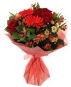 karışık mevsim buketi  Samsun yurtiçi ve yurtdışı çiçek siparişi