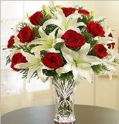 12 adet kırmızı gül 2 dal kazablanka vazosu  Samsun 14 şubat sevgililer günü çiçek