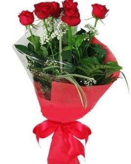 5 adet kırmızı gülden buket  Samsun çiçekçi mağazası
