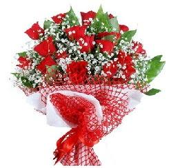 11 kırmızı gülden buket  Samsun çiçek gönderme