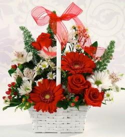 Karışık rengarenk mevsim çiçek sepeti  Samsun yurtiçi ve yurtdışı çiçek siparişi