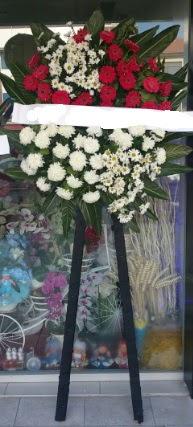 Cenaze çiçeği cenaze çiçek modelleri  Samsun çiçek mağazası , çiçekçi adresleri