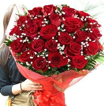 Kız isteme çiçeği buketi 33 adet kırmızı gül  Samsun online çiçek gönderme sipariş