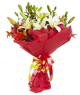 5 dal kazanlanka lilyum buketi  Samsun online çiçek gönderme sipariş