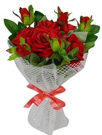 9 adet kırmızı gülden sade şık buket  Samsun uluslararası çiçek gönderme